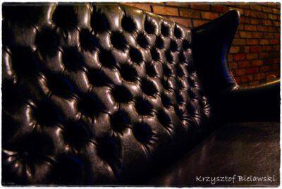 pikowana kanapa