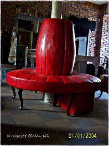 czerwone siedzenie