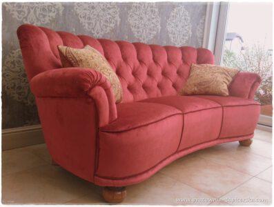 kanapa różowa